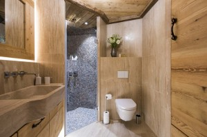 chesa-el-toula-st-moritz-double-bunk-en-suite-shower-1