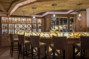 chesa-el-toula-st-moritz-games-room-bar-wine